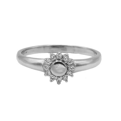Karma ring zirconia flower silver.