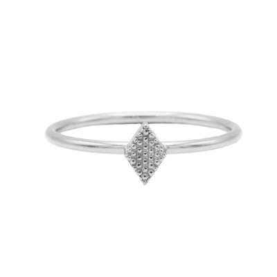 Karma ring diamond shape silver.