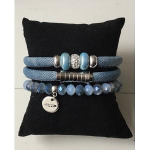Armbanden setje dubbel lichtblauw