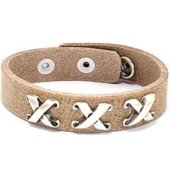 A Leren armband kruis naturel.