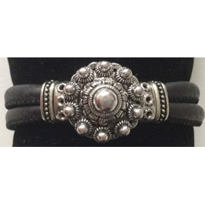 A armband Zeeuwse knop zwart.