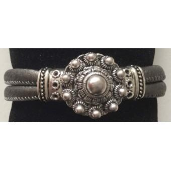 A armband Zeeuwse knop grijs.