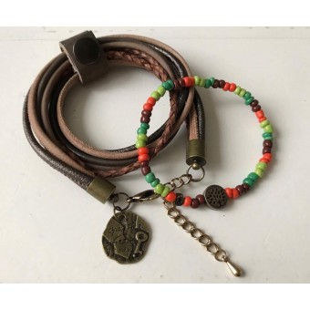 Armbanden set voor een vrouw, door een vrouw.