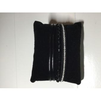 Armband kraal zwart.