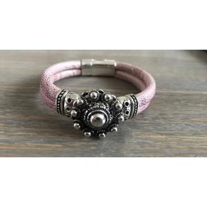Zeeuwse knop armband roze.