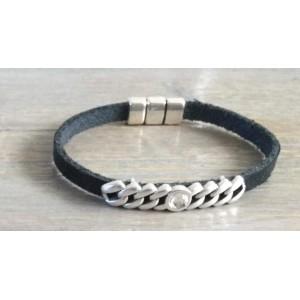 Leren armband met schakelschuiver zwart.