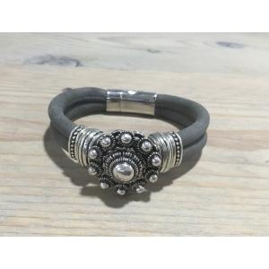 Zeeuwse knop armband grijs.