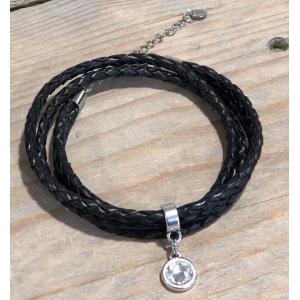 Wikkelarmband zwart gevlochten dubbel zilver.