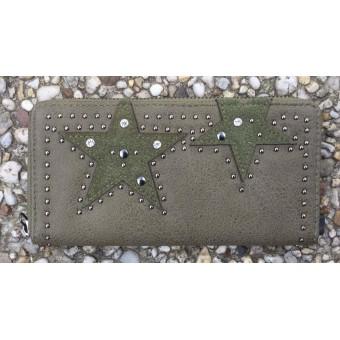 A Portemonnee met ster en stud groen.