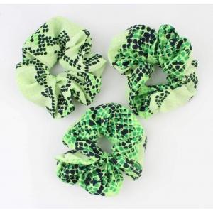Scrunchie groen met zwart.