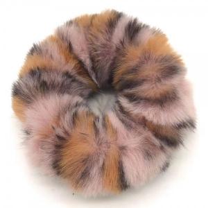Fluffy scrunchie roze met panterprint.