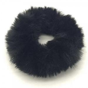 Fluffy schrunchie zwart.