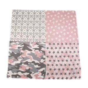 Sjaal vierkant roze.