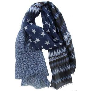 Sjaal blauw met verschillende print.