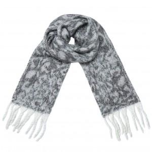 Warme panterprint sjaal grijs.