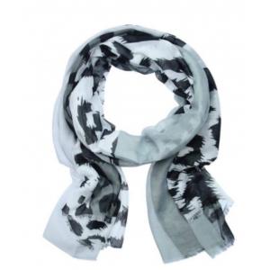 Sjaal panterprint grijs.