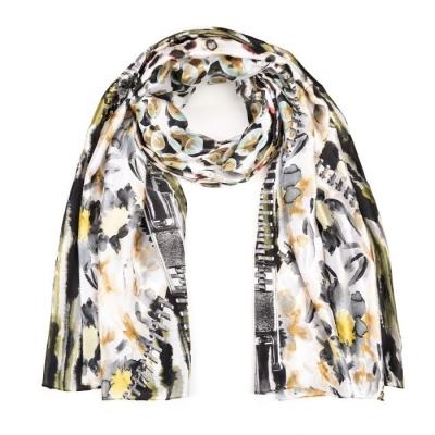 Bloemen print sjaal khaki.
