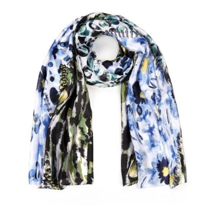 Bloemen print sjaal blauw.