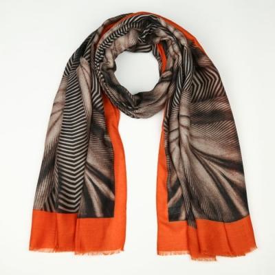 Sjaal 747 orange.