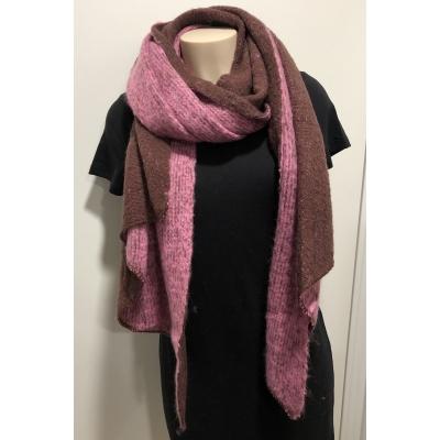 Warme sjaal met punt 2 kleuren roze/paars.