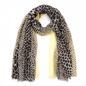 Sjaal dierenprint geel.
