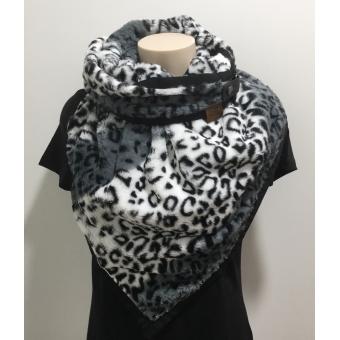 Warme driehoek sjaal panterprint grijs.