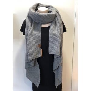 Warme sjaal met schuine punten grijs.