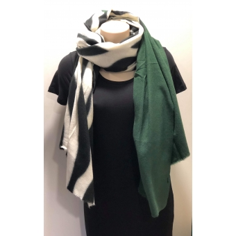 Warme sjaal zebra groen.