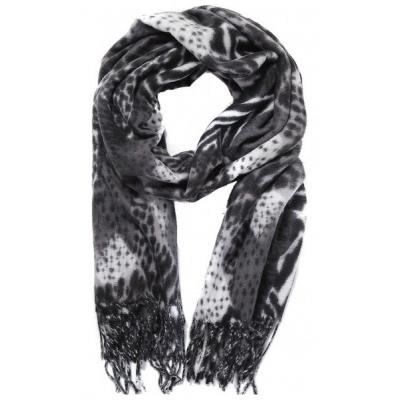 Warme sjaal animalprint grijs.