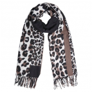Warme panterprint sjaal bruin.
