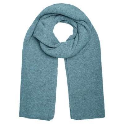 Sjaal knitted groen.