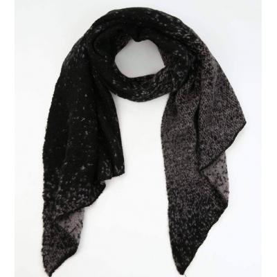 Sjaal gemeleerd zwart/ grijs.