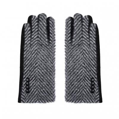 Handschoenen zigzag zwart.