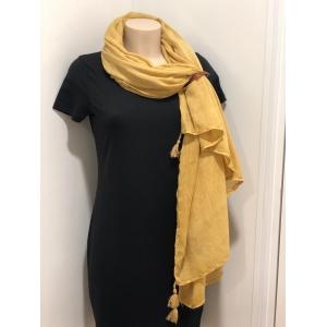Sjaal met kwastjes geel.