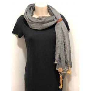 Sjaal met kwastjes grijs.